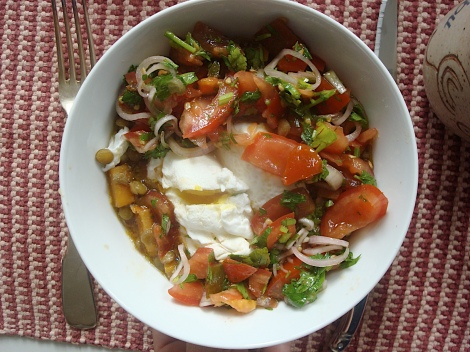 poached eggs with lentils and salsa
