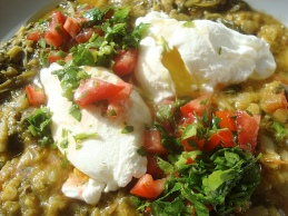 Poached eggs on lentils