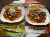 Tomatensauce mit Fava Bohnen und Kaffernlimette