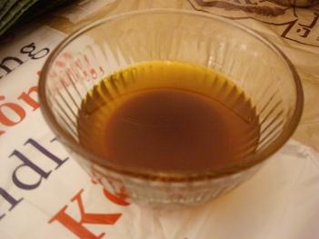 Annatto coloured olive oil