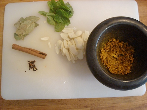 wet and dry spices, mortar and pestle