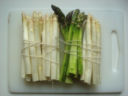 tied asparagus ready for steaming