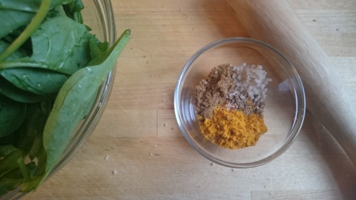 spinach, turmeric, cumin, cardamom and sea salt